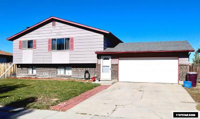 Casper WY Single Family Home For Sale: $185,000