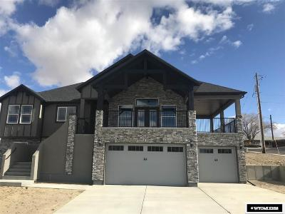 Rock Springs Single Family Home For Sale: 1518 Kari