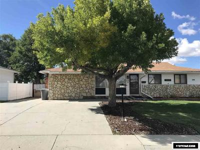 Rock Springs Single Family Home For Sale: 1252 McKinley