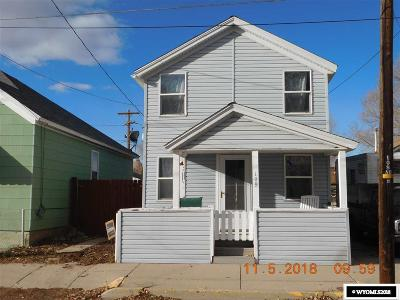 Rock Springs Single Family Home For Sale: 109 L