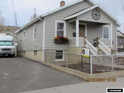 Rock Springs Single Family Home For Sale: 747 Ridge
