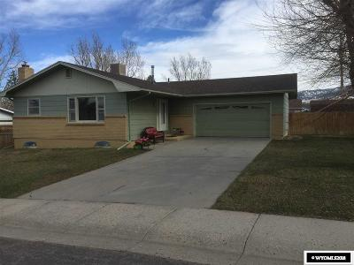 Casper Single Family Home For Sale: 3411 Saratoga