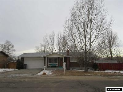 Rock Springs Single Family Home For Sale: 302 Agate