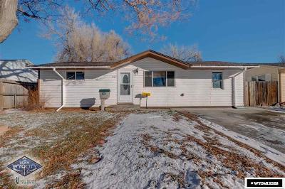 Casper Single Family Home Pending-Continue To Show: 1501 Brigham Young