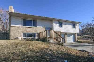 Casper Single Family Home For Sale: 1561 Linda Vista