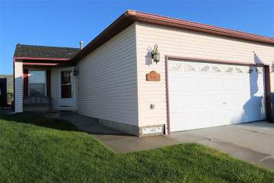 Rock Springs Single Family Home For Sale: 146 Magnolia