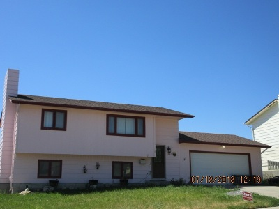 Casper WY Single Family Home For Sale: $175,000