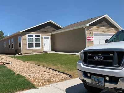 Glenrock, Alcova, Casper, Douglas, Evansville, Bar Nunn, Midwest Single Family Home For Sale: 840 Flicker