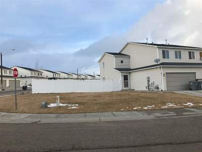 Rock Springs Single Family Home For Sale: 2400 Little Moon