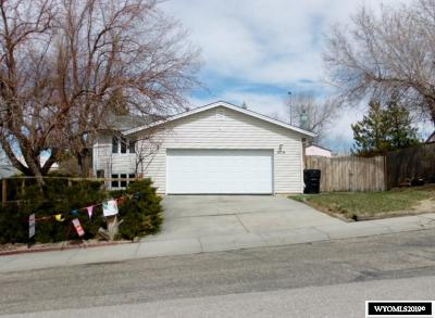 Casper Single Family Home For Sale: 504 Long
