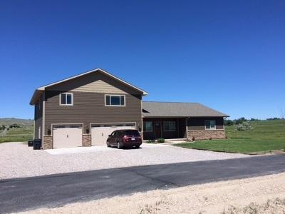 Lander Single Family Home Pending-Continue To Show: 800 Baldwin Creek Road