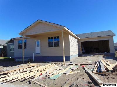 Casper Single Family Home For Sale: 2435 Hope