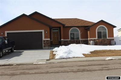 Rock Springs Single Family Home For Sale: 248 Chardonnay