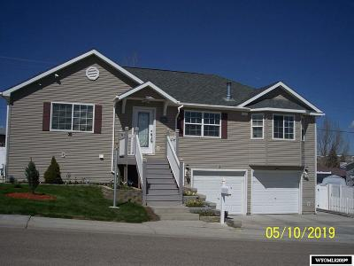 Rock Springs Single Family Home For Sale: 1417 Cottonwood Dr.