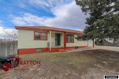 Casper WY Single Family Home For Sale: $183,000