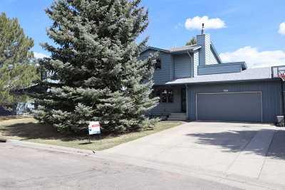 Casper, Evansville, Bar Nunn, Glenrock, Douglas, Midwest, Alcova Single Family Home For Sale: 1037 Surrey