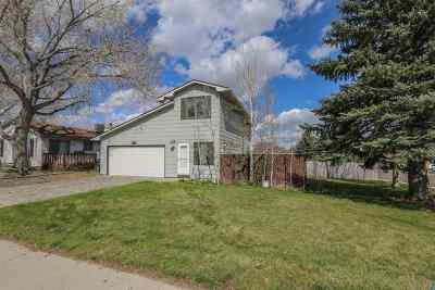 Casper Single Family Home For Sale: 1421 Newport