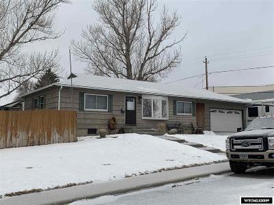 Casper, Evansville, Bar Nunn, Glenrock, Douglas, Midwest, Alcova Single Family Home For Sale: 404 Swanton