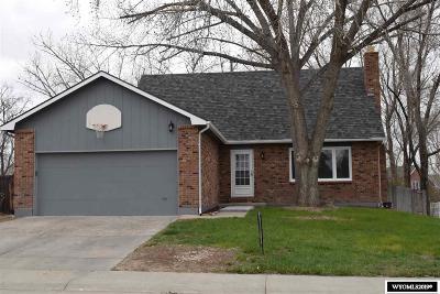 Glenrock Single Family Home For Sale: 209 California Trail