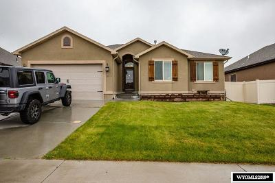 Rock Springs Single Family Home For Sale: 3301 Homestead