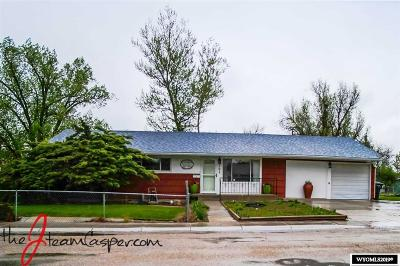 Casper Single Family Home For Sale: 501 Pineview Place