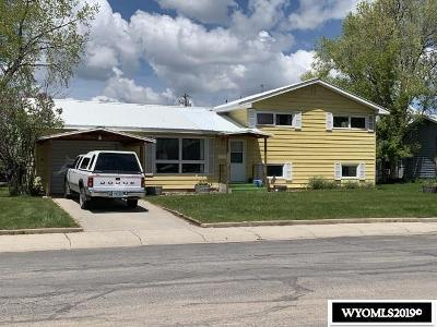Lander Single Family Home Temporarily Off Market: 920 North Lane