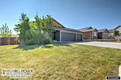 Casper Single Family Home Pending-Continue To Show: 3001 Indian Springs