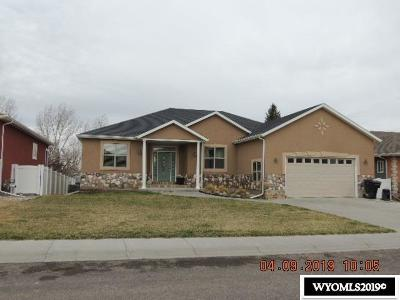 Casper Single Family Home For Sale: 4410 Shasta