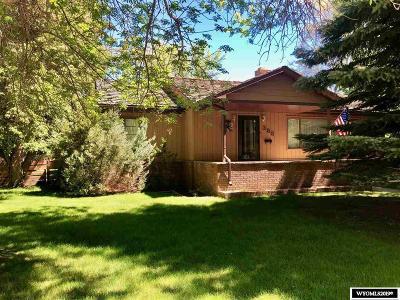 Lander Single Family Home For Sale: 388 Cascade
