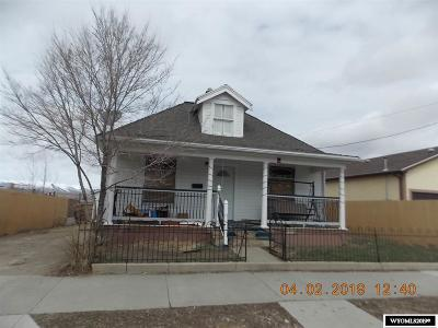 Rock Springs Single Family Home For Sale: 613 Gobel