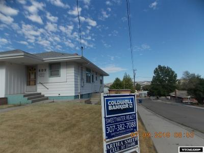 Rock Springs Single Family Home For Sale: 302 R