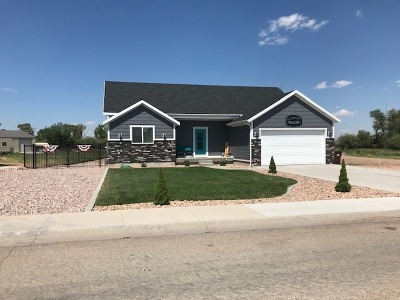 Mountain View WY Single Family Home For Sale: $327,900