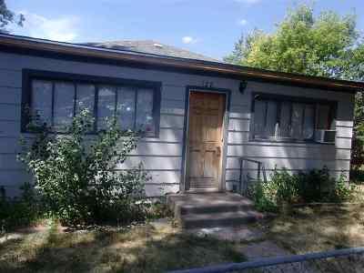 Douglas Single Family Home For Sale: 128 N 5th.