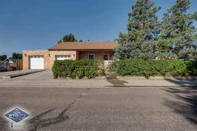 Casper Single Family Home For Sale: 824 Saint Mary