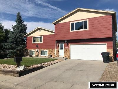 Casper Single Family Home For Sale: 502 Long