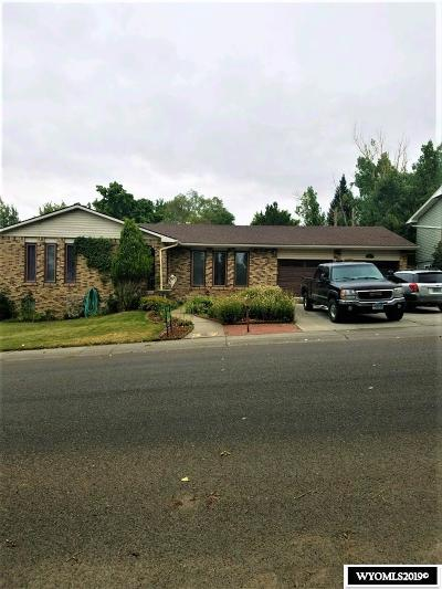Rock Springs Single Family Home For Sale: 421 Agate