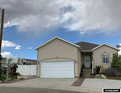 Rock Springs Single Family Home For Sale: 3417 Sherwood Ct