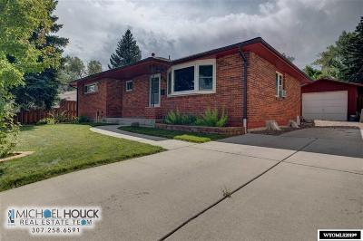 Casper Single Family Home For Sale: 1114 Country Club
