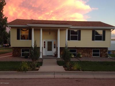 Moorcroft WY Single Family Home For Sale: $189,900