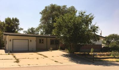 Gillette Single Family Home For Sale: 601 5th St West
