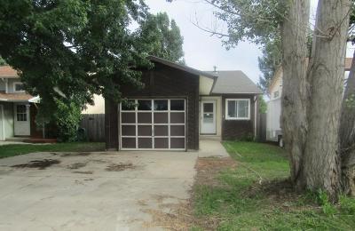 Gillette Single Family Home For Sale: 106 E Laurel St