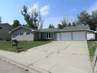 Gillette Single Family Home For Sale: 405 Prairieview Dr