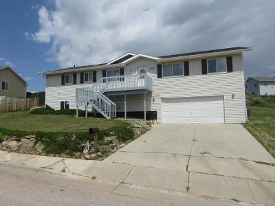 Gillette WY Single Family Home For Sale: $159,900