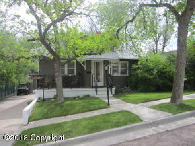 Gillette Single Family Home For Sale: 405 S Richards Ave S