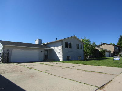 Gillette WY Single Family Home For Sale: $219,900