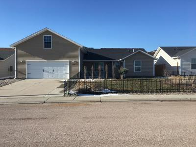 Gillette WY Single Family Home For Sale: $164,000