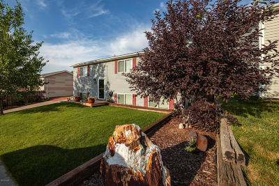 Gillette Single Family Home For Sale: 123 Westhills Loop
