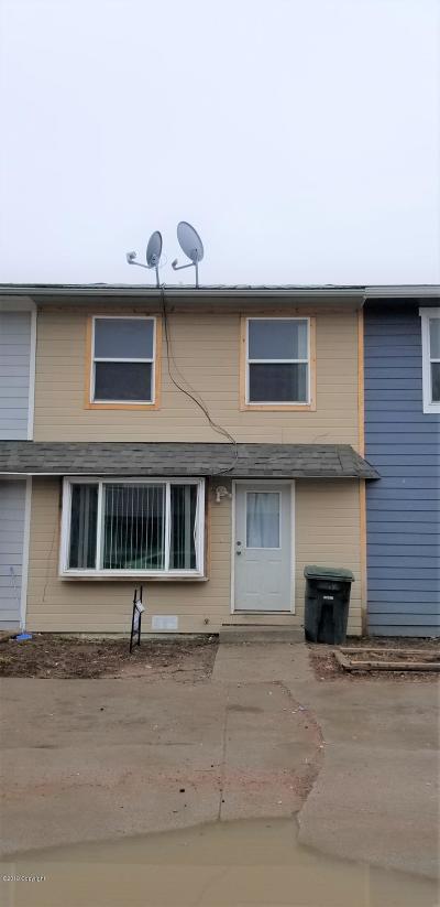 Gillette Single Family Home For Sale: 819 Ez St Unit B