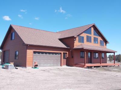 Moorcroft Single Family Home For Sale: 61 Juniper Hills Rd