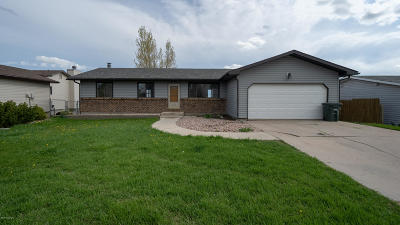 Gillette Single Family Home For Sale: 3309 Foothills Blvd